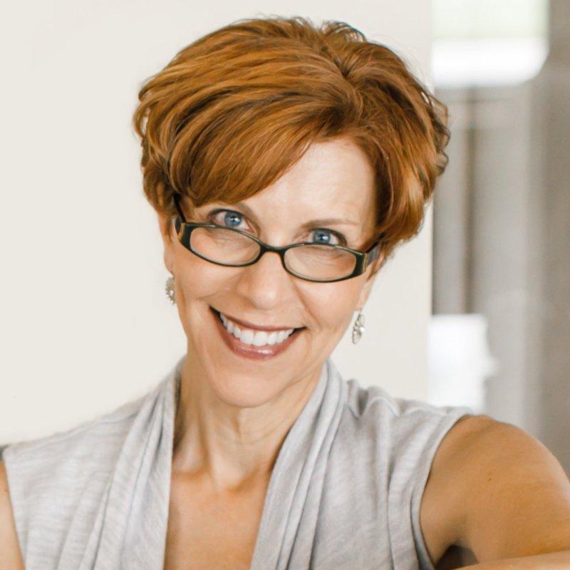 Annemarie Juhlian, Seattle Wedding Officiant