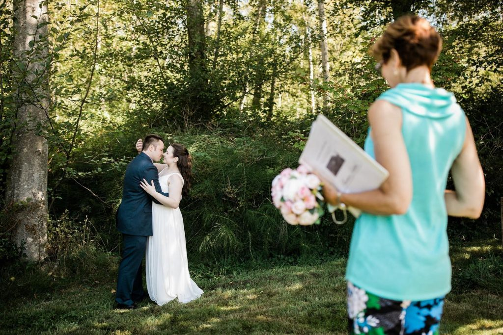 Annemarie Juhlian, Seattle Wedding Officiant with Cathy and Jeff at a Park